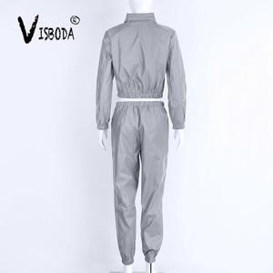 Image 5 - Conjunto de chándal de 2 piezas para mujer, pantalón corto reflectante de Hip Hop, chaqueta holgada con cremallera, conjunto de abrigo a juego de talla grande