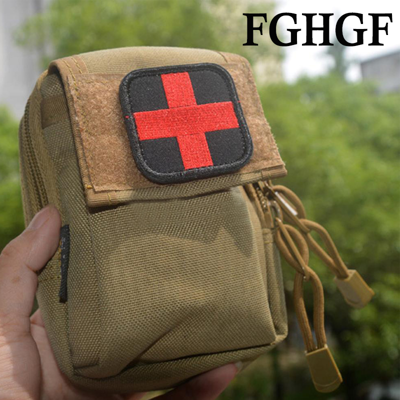 Tactics Embroidery Medical Patch Medic With Magic Backpack Sticker Fabric Army Morale First Aid Emergency Cross Badge Milita