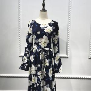 Image 5 - Elegante Muslimischen Abaya Drucken Floral Kleid Frauen Strickjacke Lange Kleid Dubai Jubah Ramadan Thobe Islamische Verehrung Gebet Kleidung