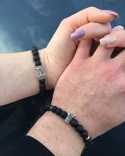 2pcs Couple bracelet Men Women Lover Jewelry Charm crown 8mm Natural Stone Bracelets Male pulseras spouse beloved joyas gift