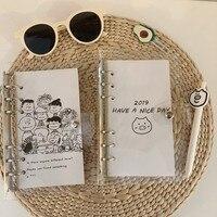 Простой Стиль Снупи Чарли свободные страница Справочник A6 блокнот в сетку для активной деятельности, Студенческая, для путешествий, наклей...