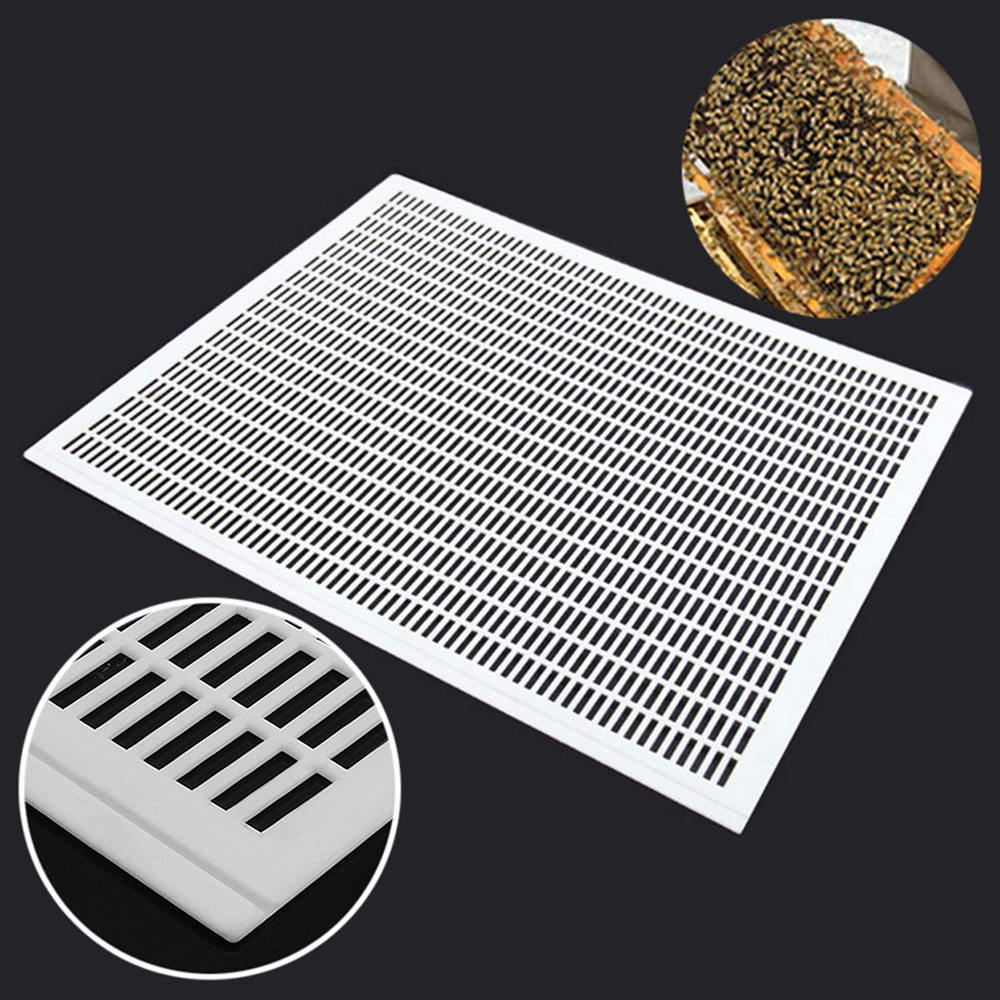 New 1PCS Bee Queen Excluder Trapping Net Grid Beekeeping Tool Plastic Equipment 51 X 41cm