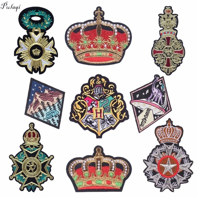 0efc3070f18 Pulaqi Badge Harry Potter Crown Patches Iron On Clothes Hat T-shirt  Jurassic Hogwarts Patch For Men Kids Women Decoration F