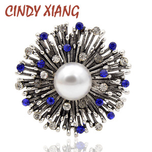CINDY XIANG Rhinestone Flower Brooches for Women Vintage Blue Color Elegant Coat Corsage Fashion Pin Pearl Jewelry Jeans Badges