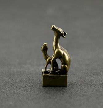 Colección latón labrado chino Animal madre e hijo ciervo sello exquisitas estatuas pequeñas