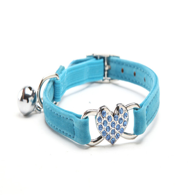 PET Diamond Heart Charm Bell Cat Collar Safety Elastic Adjustable With Soft Velvet Material Pet Product Small Dog Collar