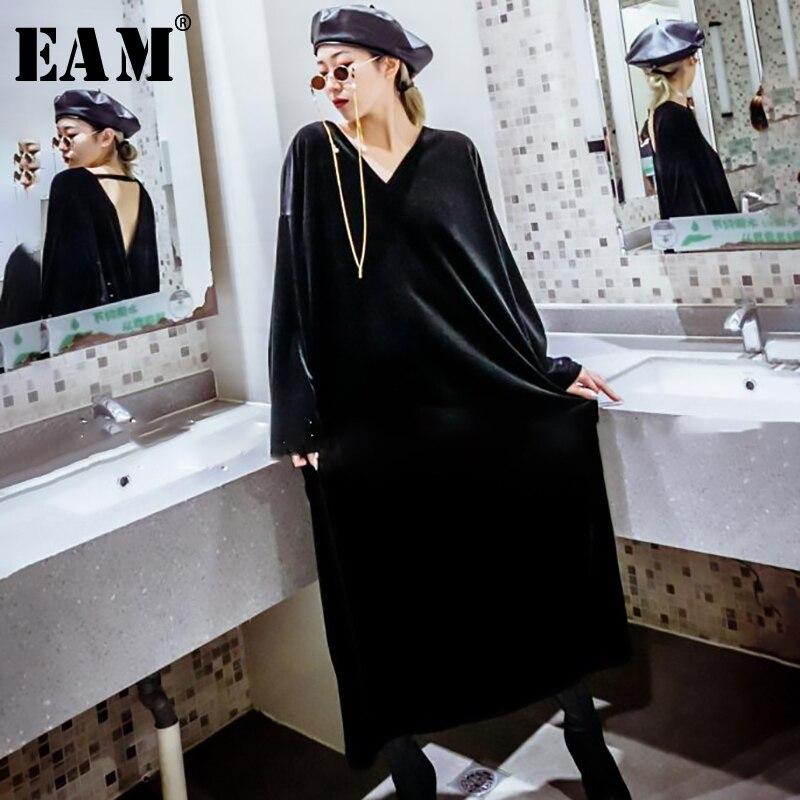 [EAM] 2019 nouveau printemps été col en V à manches longues noir lâche dos nu longue grande taille velours robe femmes mode marée JQ131