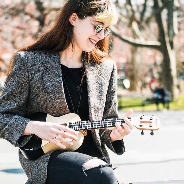 Populele 23 pouces APP LED Bluetooth USB Smart ukulélé cadeau pour les débutants utilisateur-amical Pinao jouet Instrument de musique