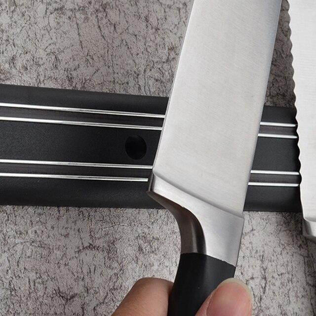 LUDA veitsiteline seinään – Klassinen
