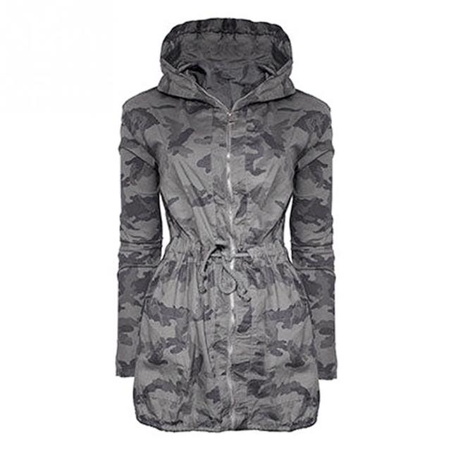 79e63303db3a9 2019 Spring Autumn New Women Korean Hooded Windbreaker Jackets Plus Size  Loose BF Wind Military Camouflage Coat Female  1102