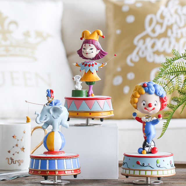 2018 Real Musik Box Mechanism Free Shipping M Son Home Circus Adornment Furnishing Articles Shook His Head The Clown Gift Girl