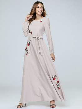 d11d45779d414e Nouveau moyen-orient mode broderie islamique à manches longues Maxi Robe  musulmane Abaya dubaï arabe Robe Caftan Marocain vêtements de prière