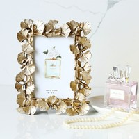 Best Selling European Retro Photo Frame Resin Creative Gold Ginkgo Leaf Frame Luxury Photo Frame Wedding Home Decoration Crafts