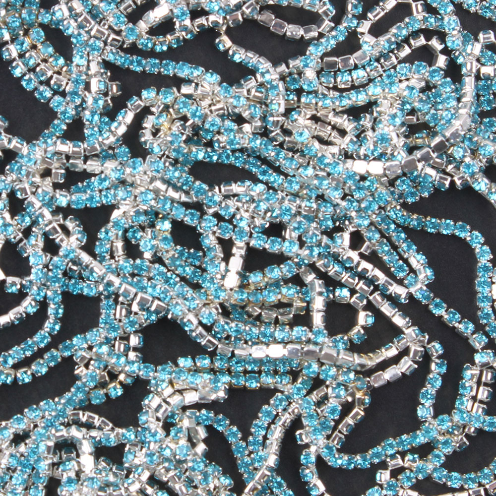 ZOTOONE 1Yard SS6 Lake Blue Nails Rhinestone Chain Strass Applique Crystal Trim Stones for Clothes Decoration Sew on Garment Bag