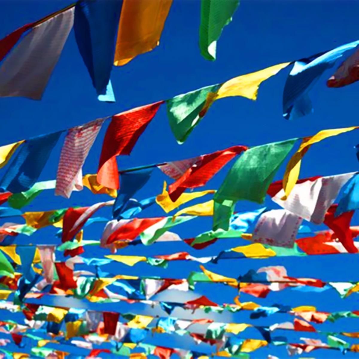 1 Satz 20 Stücke Tibetischen Buddhistischen Gebet Fahnen 5 Verschiedene Farben Stoff Handwerk Polyester Tibet Stil Dekorative Flagge 27x15 Cm KöStlich Im Geschmack