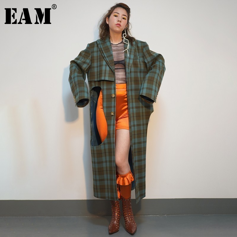 [EAM] 2019 New Spring Winter Lapel Long Sleeve Green Plaid Printed Hollow Out Big Size Windbreaker Women   Trench   Fashion JO178