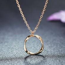 Generous Twisted Round Minimalism Women Necklace Fashion Decorate Women Trendy Anniversary Necklace Jewelry Accessory