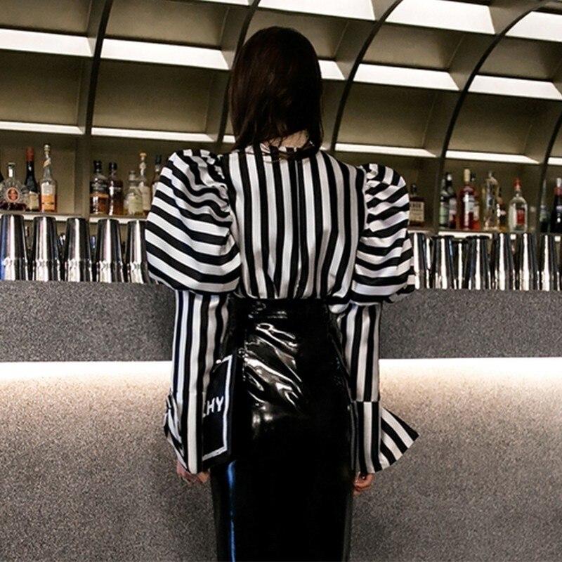 TWOTWINSTYLE Striped Shirts Blouse Women O Neck Lantern Long Sleeve Vintage Elegant Tops Female 2019 Spring Fashion Clothes