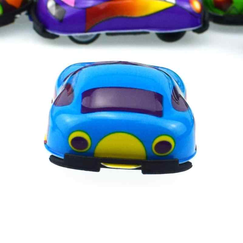 Bebek Erkek Küçük Oyuncak Arabalar Karikatür Çocuk Diecasts Mini Kamyon Inşaat Araç Motor Alaşım Model Araba Çocuklar Noel Hediyeleri