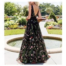 Backless Formal Embroidery V Neck Long Dress Spring Party Flower A-Line Lace Dress Sleeveless Beach Big Swing Maxi Dress недорого