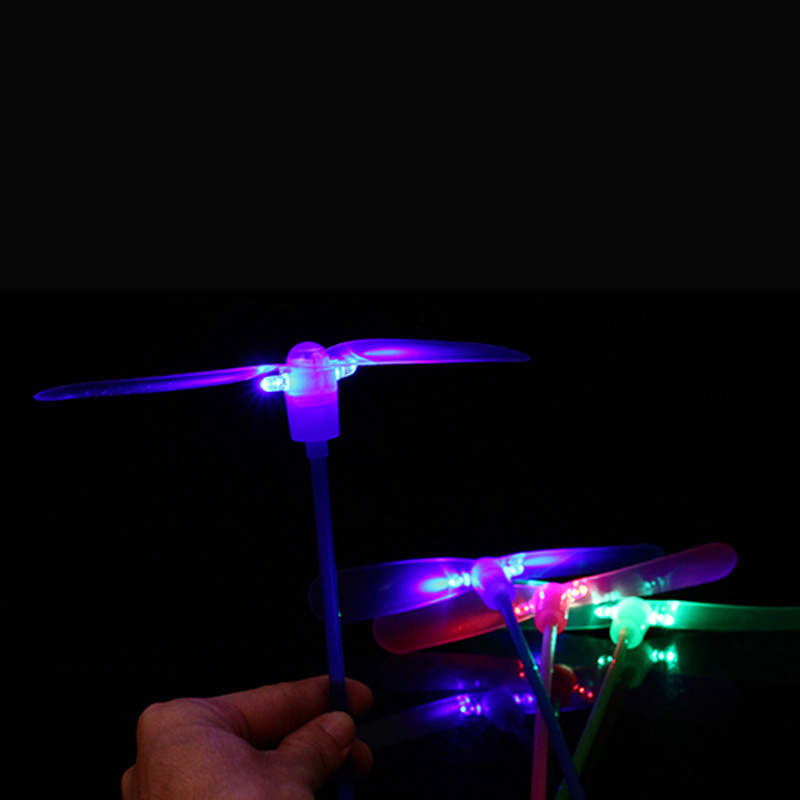 1pc/5pcs Kids LED Bamboo Dragonfly Shooting Light Fly Parachute Sky UFO Outdoor Luminous Toys For Children Glow In The Dark Toys