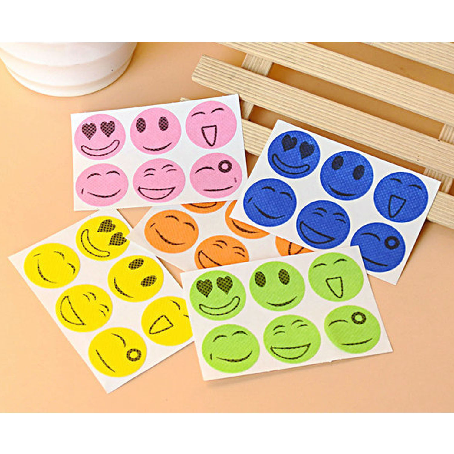 Behogar 60pcs Natural Mosquito Repellent Patches Stickers For Kids Adults Keeps Insects Bugs Far Away Outdoor Home Camping Use