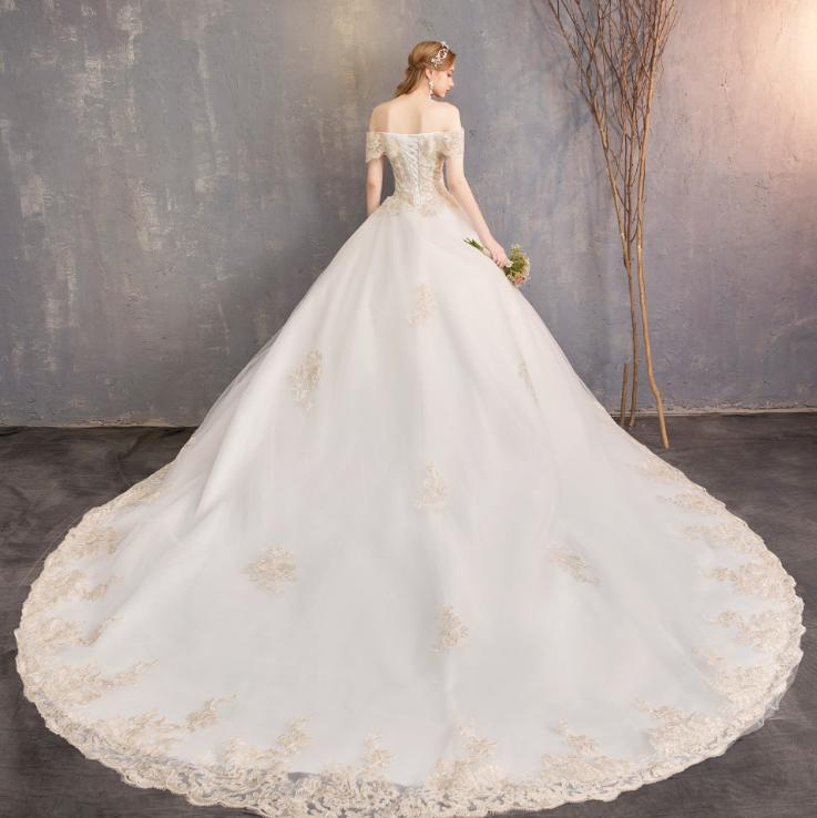 LASONCE Sweetheart Gold Lace Appliques Ball Gown Wedding Dresses Off The Shoulder Chapel Train Backless Bridal Gowns in Wedding Dresses from Weddings Events