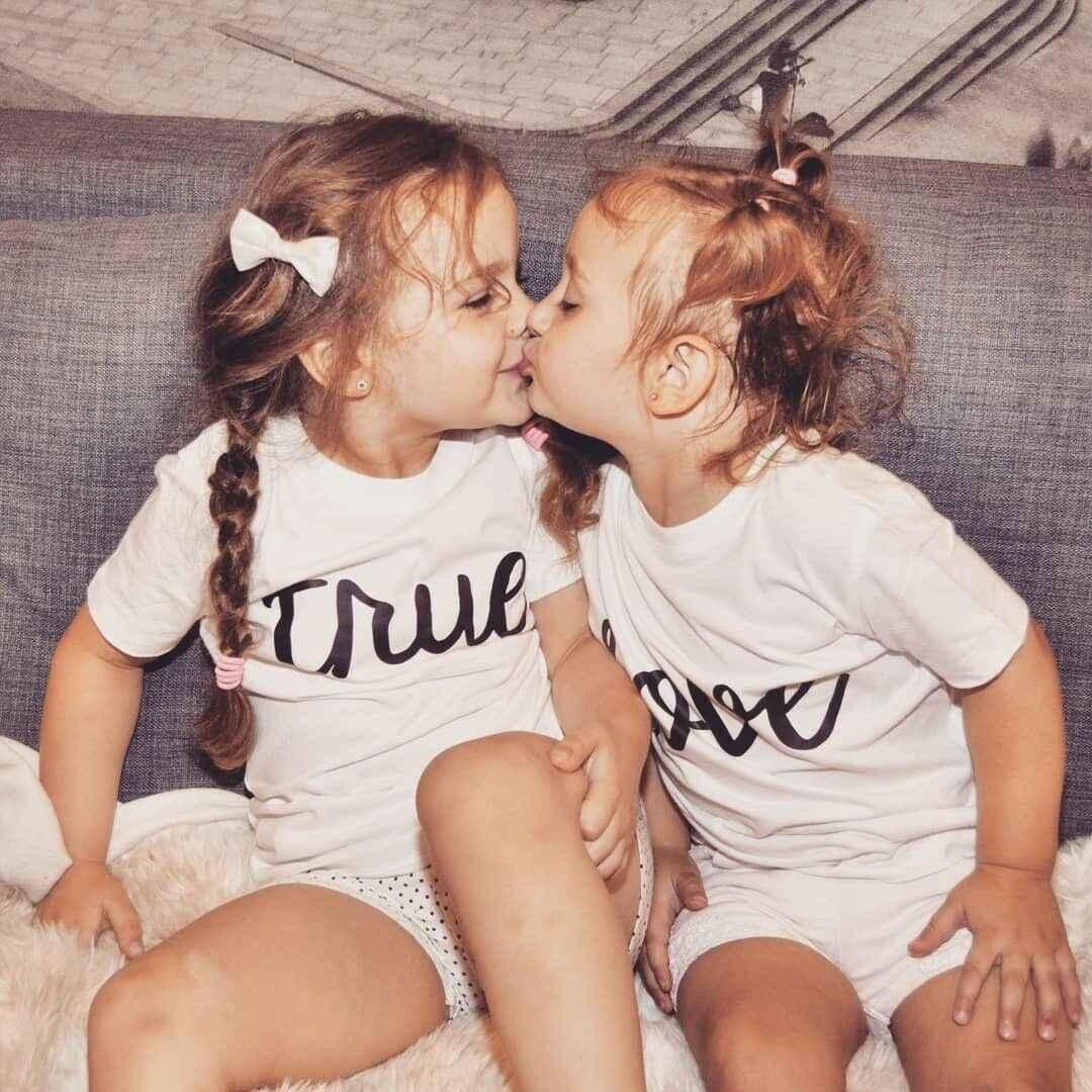 ฤดูร้อนสบายๆครอบครัว Tops พิมพ์แม่พ่อเด็กหญิงเด็กทารกสีขาวเสื้อยืดแฟชั่น Tees Tops เสื้อผ้า