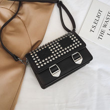 купить Luxury Brand Crossbody Bags For Women 2019 High Quality PU Leather Female Designer Handbags Ladies Rivet Shoulder Messenger Bag по цене 996.51 рублей
