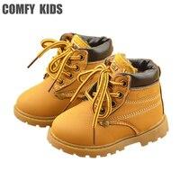 Удобные детские зимние модные кожаные ботинки для девочек и мальчиков  теплые ботинки «Мартенс»  Повседневная плюшевая обувь для детей ясе...