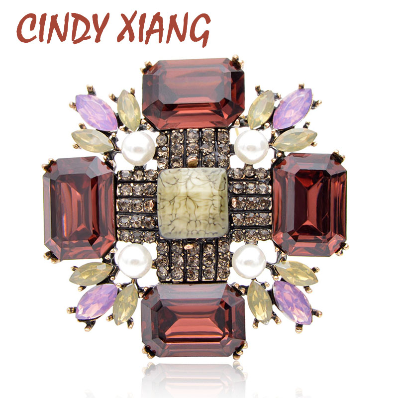 CINDY XIANG Large Crystal Cross Brooches for Women Fashion Vintage Winter Pin Party Wedding Accessories New Design Corsage Gift