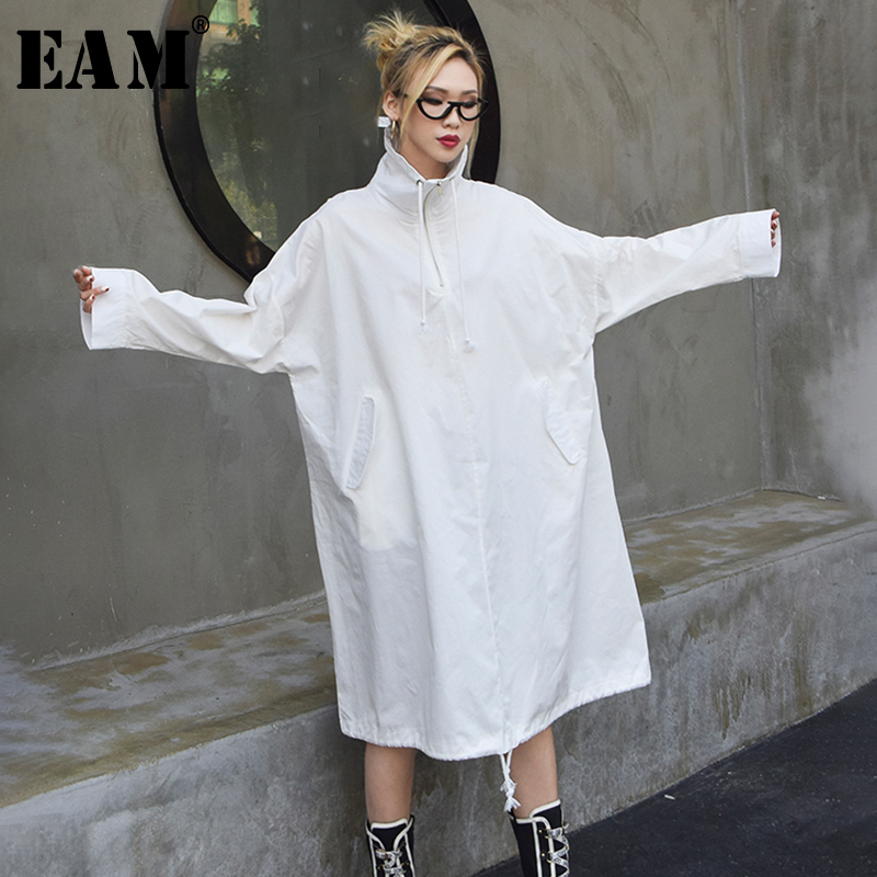 [EAM] 2019 New Spring Summer Stand Colalr Long Sleeve Black Letter Printed Big Size Windbreaker Women   Trench   Fashion Tide JQ070
