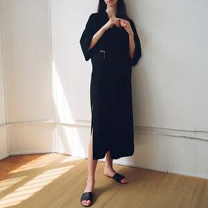 Image 2 - [EAM] 2020 חדש אביב קיץ V צוואר חצי שרוול שחור רופף מותניים תחבושת כיס ארוך גדול גודל שמלת נשים אופנה גאות JT063