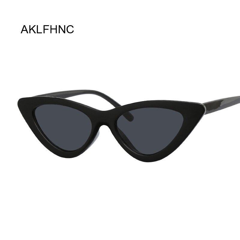 Sexy olho de gato vermelho óculos de sol mulheres tons famosa marca de luxo novo designer na moda óculos de sol feminino pequeno branco preto pontos