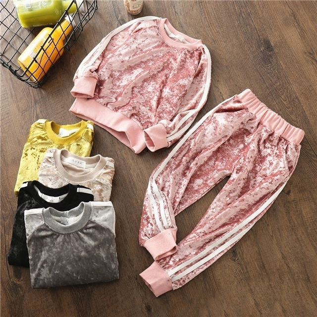 363e5316c Children s Suit 2018 New Spring And Autumn Velvet Sets Europe And ...