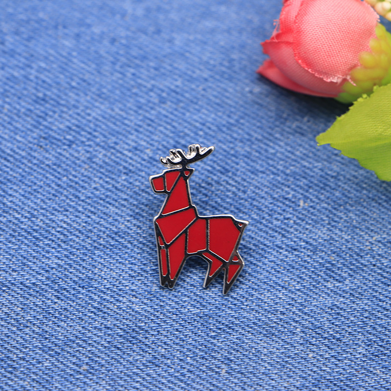 Apparel Sewing & Fabric Ingenious Cartoon Animal Deer Brooches Red Elk Enamel Pin For Girls Lapel Pin Hat/bag Pins Denim Jacket Shirt Women Brooch Badge Sc4295