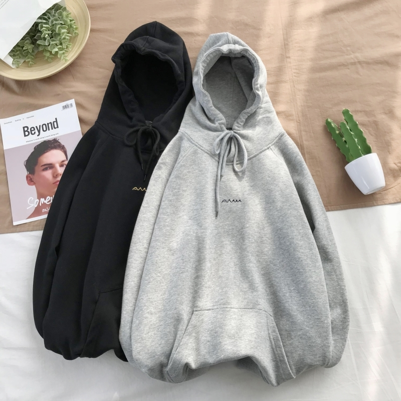 2019 Spring New Letter Printing Men's Color Matching Trend Temperament Sports Dating High-grade Solid  Thin Pullover