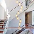 Современная американская вилла  лестница для гостиной  прозрачная стеклянная люстра. Освещение для главной спальни. Освещение на потолке