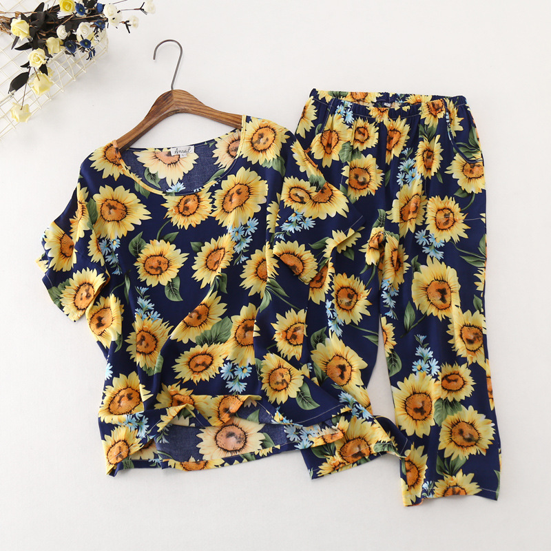 New Ladies Cotton Rayon Short-sleeved Plus Size   Pajamas   Round Neck   Pajama     Set   Calf-Length Pants Sleepwear Home Pijama Mujer   Set