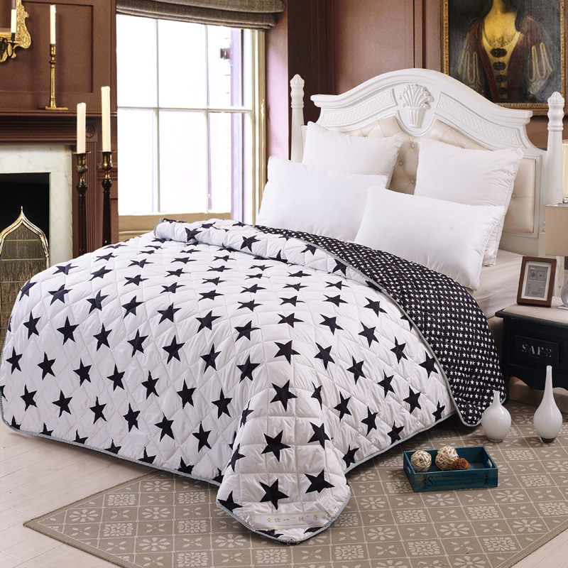 100% Microfiber Fabric Quilts/comforter Black And White Star Printed Duvets