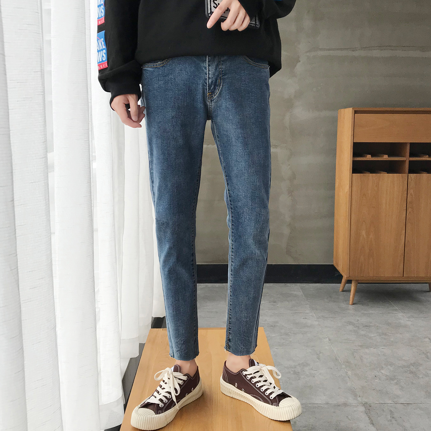 2018 Japanese Style Men's Spring Solid Color Stretch Slim Fit Classic Skinny Jeans Blue Casual Pants Biker Denim Trousers