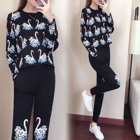 2018 Autumn Brand New 2 Piece Set Women Cartoon Swan Jacquard Suits Knitting Pulovers + Long Pants Female Trouser Tracksuit