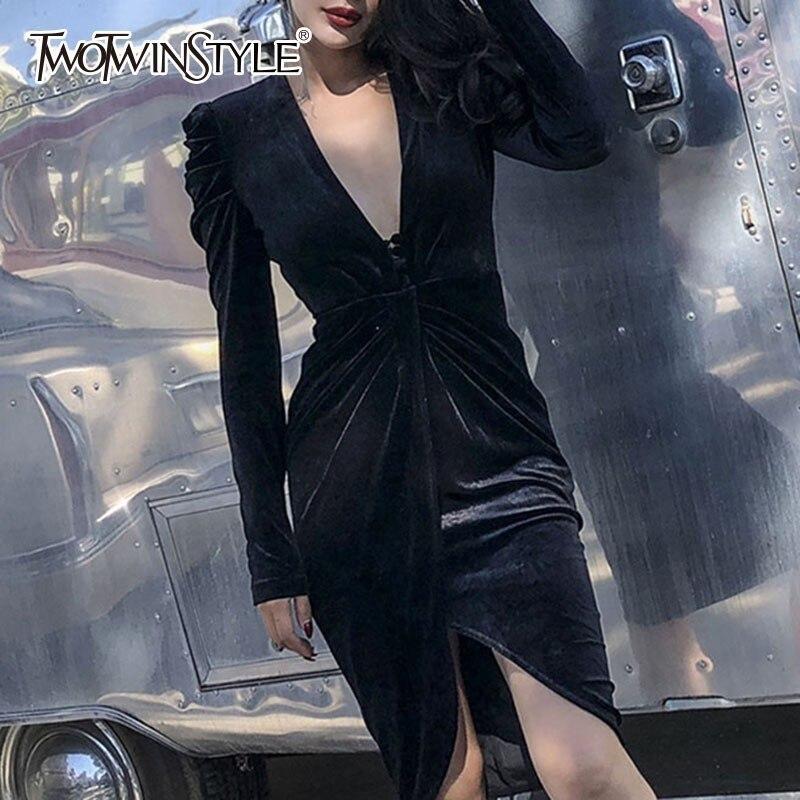 TWOTWINSTYLE Elegant Velvet Dress Female V Neck Puff Long Sleeve High Waist Knee Length Dresses Women Sexy Fashion 2019 Autumn-in Dresses from Women's Clothing    1