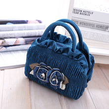 2018 New Pattern Mom Tide Small Handbag Canvas Lace Woman Handbags Mobile Phone Bag Small Flower Evening Bags Messenger Totes