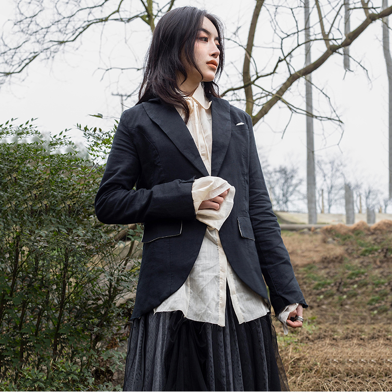 [EAM] 2019 New Autumn Winter Black Lapel Long Sleeve Single Button Slim Black Irregular Jacket Women Coat Fashion Tide 1C102