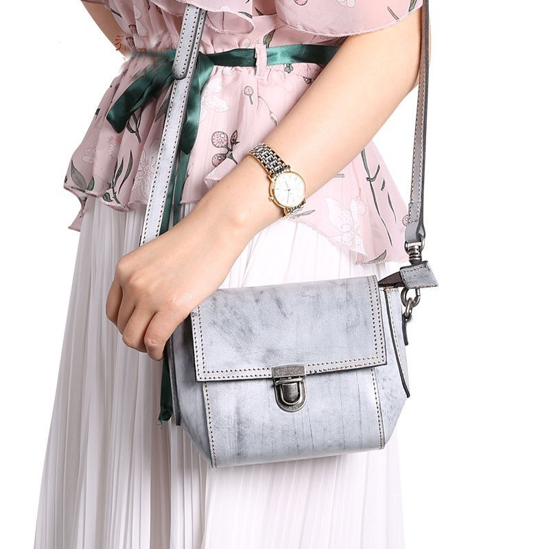 2019 new spring and summer shell bag genuine leather womens messenger mini one shoulder cross body cowhide