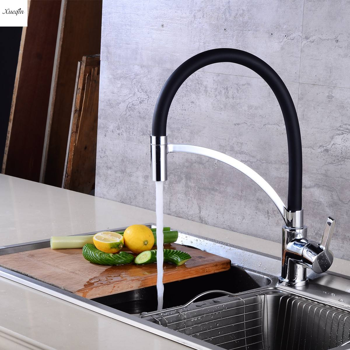 Silver Copper Black Rubber Kitchen Sink Faucet 360 Rotating Pull Out Basin Faucet Spout Single Handle Cold And Hot Mixer TapSilver Copper Black Rubber Kitchen Sink Faucet 360 Rotating Pull Out Basin Faucet Spout Single Handle Cold And Hot Mixer Tap