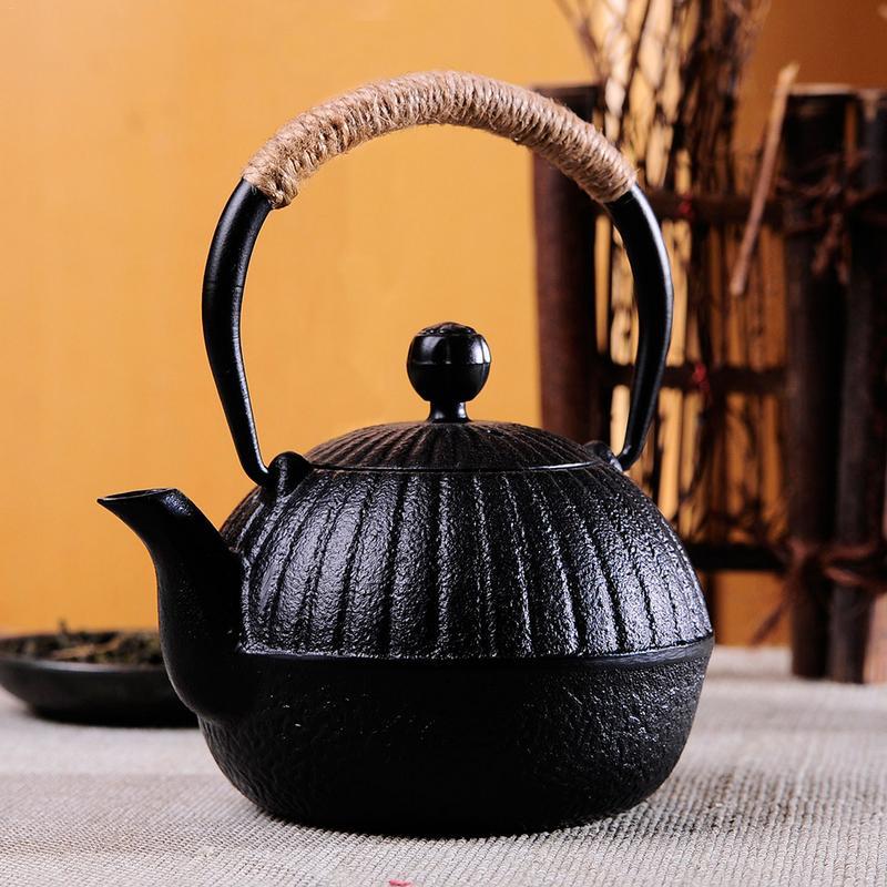 550ml Mini Iron Teapot Cast Iron Kettle Teapot Tea Maker  with Stainless Steel Infuser Strainer|Teapots| |  - title=