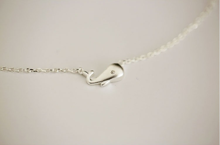 925 Sterling Silver Cute whale Necklaces Pendants For Women Fashion Lady Festival Gift Sterling silver jewelry in Pendant Necklaces from Jewelry Accessories