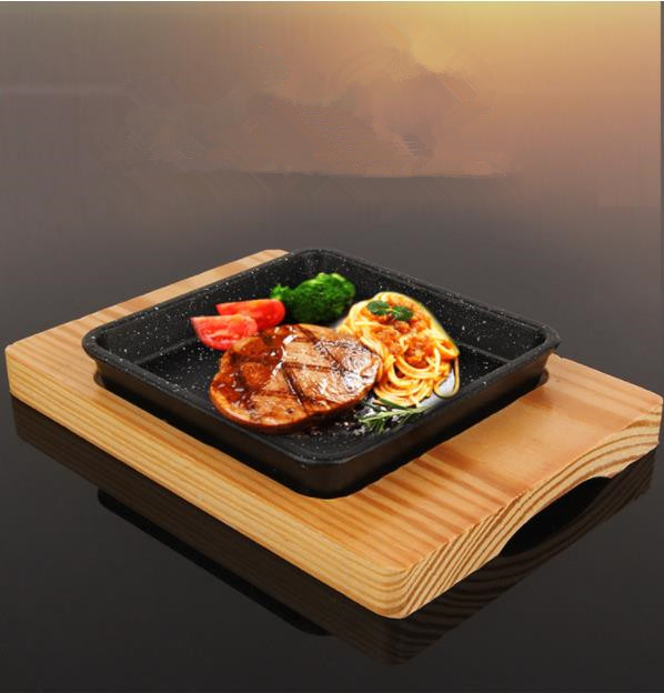 Non-stick Cooking Grill Pan Iron Steak Plate With Cooking Wooden Holder Steak Frying Pan with Wooden Tray Kitchen Cookware